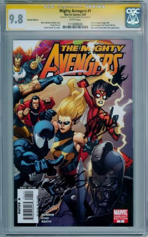 Mighty Avengers #1 Retail Variant CGC 9.8 Signature Series Signed Stan Lee Frank Cho Marvel comic